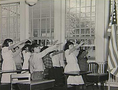 https://kennyssideshow.files.wordpress.com/2009/07/2ea5f-american-school-children-bellamy-salute.jpg
